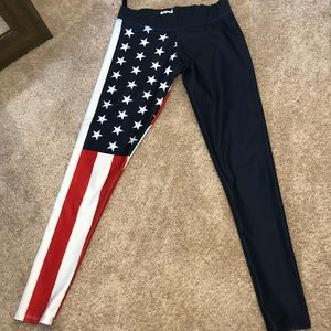 🆕GLOrilla American Flag Fitness Leggings